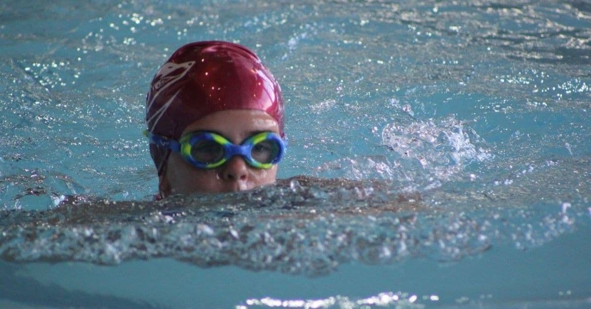 7-reasons-why-your-child-should-learn-to-swim