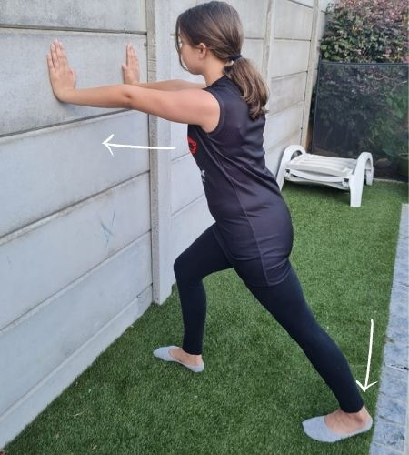 7-Vital-stretching-exercises-for-swimmers